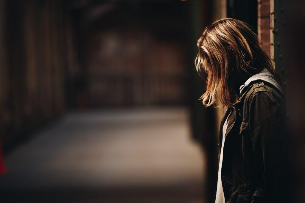 emotivno stanje tuga depresija stegnutost